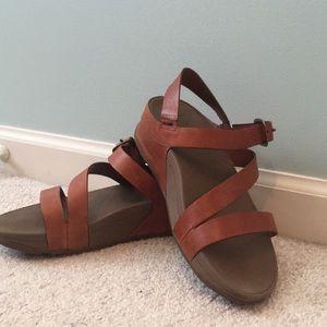 FitFlop Skinny Z-Strap Sandals
